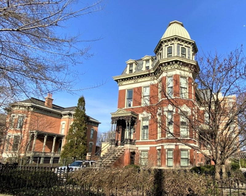 view of a mansion on Hoyne in Wicker Park