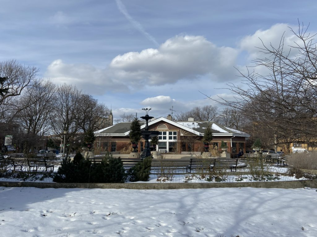 Wicker Park's fountain and fieldhouse in winter