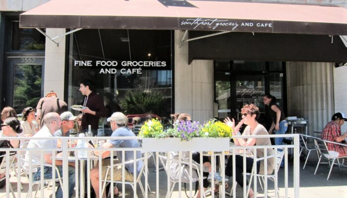 sidewalk dining at Southport Grocery and Cafe